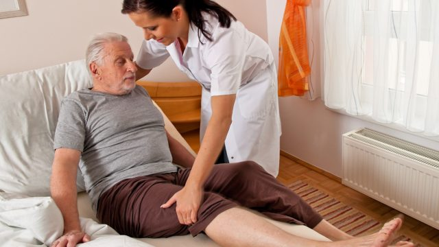 Exercise and Physical Activity: Alzheimer's Caregiving Tips